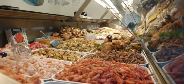 Fresh fish delivered straight to your door across the uk for Fresh fish market near me
